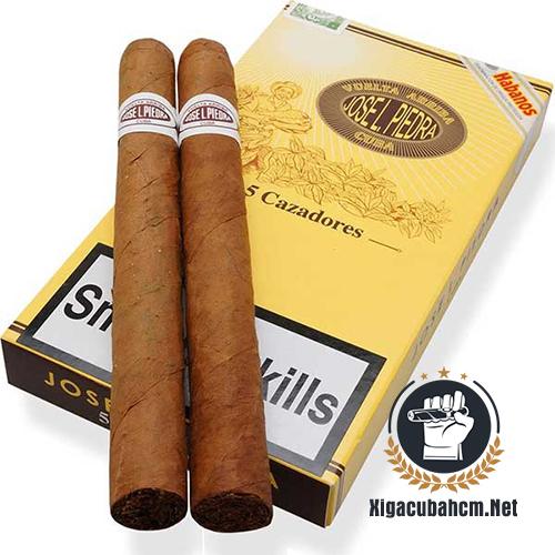 Xì gà Jose L. Piedra Cazadores – Hộp 5 điếu - xigacubahcm.net
