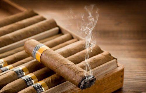 hút xì gà