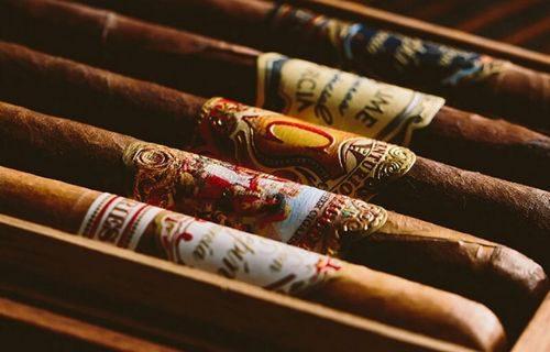 chọn và hút xì gà